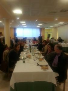 Varios padres y madres nos acompañaron en la comida