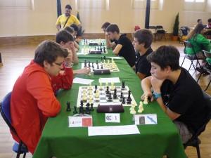 Encuentro Navarra-Ourense (Ortega-Gómez en primer plano)